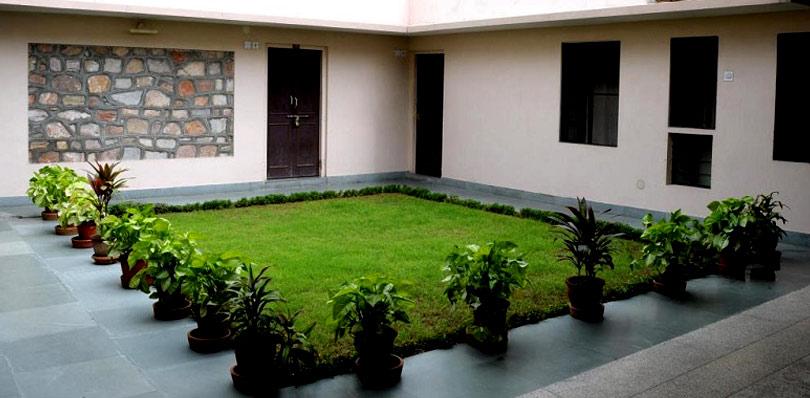 pinkcityroyals_jai-Niwas-Garden-1